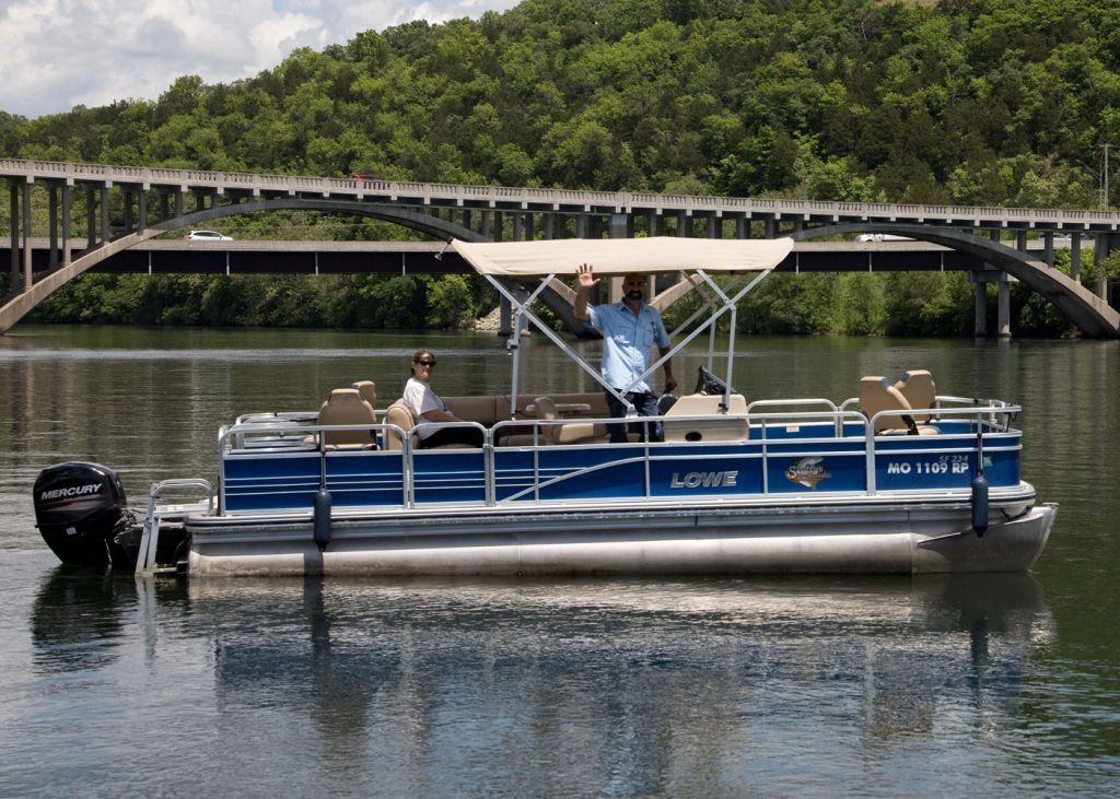 Pontoon boat rentals at Scotty's Trout Dock